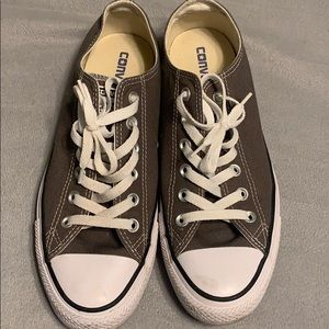 Converse size 9 brown